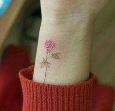 18 Sweet, Subtle Tattoos Wallflower People Will Love Lotusblume Tattoo, Piercing Tattoo, Body Art Tattoos, Small Tattoos, Sleeve Tattoos, Piercings, Tatoos, Brush Tattoo, Tattoo 2017