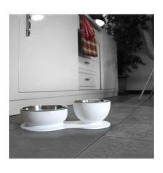 Supper Time - set bowls designed by Eddy Antonello for Beautifool | Supper Time Set - ciotole firmate Eddy Antonello per Beautifool http://www.chic4dog.com/ciotole-di-design/supper-time-set-ciotole-cibo-e-acqua-792.html