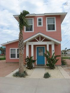 Coral Cottage-Cozy, Clean,and COOL! - vacation rental in Corpus Christi, Texas. View more: #CorpusChristiTexasVacationRentals