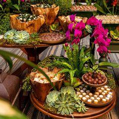 Boho Wedding, Floral Wedding, Rustic Wedding, Wedding Flowers, Wedding Ceremony Decorations, Wedding Themes, African Party Theme, Balinese Decor, Estilo Tropical