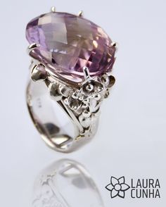 Silver ring with amethyst, hand made by Laura Cunha