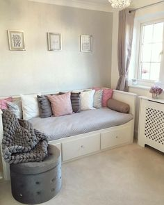 home Bedroom Furniture If you are looking for a way to update your bedroom and improve your comfort, Cute Bedroom Ideas, Cute Room Decor, Girl Bedroom Designs, Room Ideas Bedroom, Small Room Bedroom, Home Bedroom, Bedroom Decor, Spare Room, Small Rooms