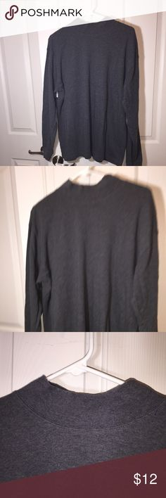 LL Bean Men's Mock Turtle Neck Turtleneck Large Very goodd used condition  LL Bean men's Mock Turtle Neck shirt. This is a medium gray shirt.