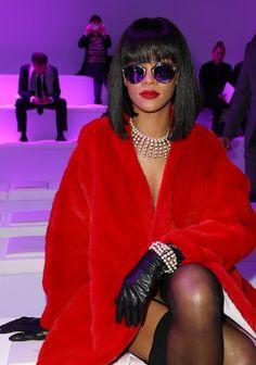 Rihanna et ses lunettes de soleil Diorsoreal de Dior