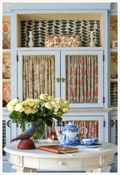 love the black and cream print on the top shelf. by Custom Cool Rugs - Interiors Customized
