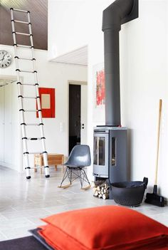 A home in Sweden. Photo by Karin Björkqvist for Hus Hem.
