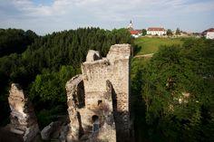 Birdview of the castle by Mag. Castle Ruins, Tower Bridge, Places, Travel, Restoration, Ruins, Viajes, Destinations, Traveling