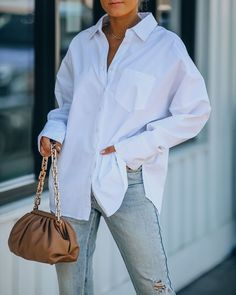 White Button Down, Front Button, Button Downs, White Shirt Outfits, Jean Outfits, Modest Wear, Modest Outfits, Risky Business, Collars