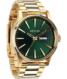 A green face with gold 42mm stainless steel has major class with luminous hands and a 100 meter water resistance for durability and supreme functionality.