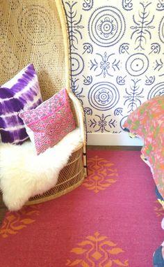 Amber Interior Design, Amber Lewis, California style, Anna Spiro wallpaper, rattan peacock chair