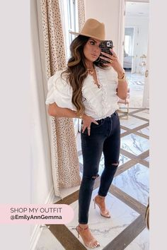 FALL FLASH SALE | Instagram Try-On Haul | Emily Gemma, The Sweetest Thing Blog #EmilyGemma #theSweetestThingBlog Warm Outfits, Winter Fashion Outfits, Autumn Winter Fashion, Cool Outfits, Clothing Blogs, Jeans With Heels, Sweater Sale, Body Suit Outfits, Fashion Sale