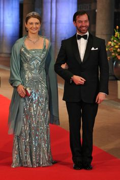MYROYALS  FASHİON: QUEEN BEATRİX HOSTS A DİNNER AHEAD OF HER ABDİCATİON-Hereditary Grand Duchess Stephanie and Hereditary Grand Duke Guillaume of Luxembourg arrive