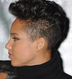Alicia Keys displays new short hairdo by Joi Pearson for Rolling Out