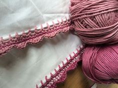 Jazz up your tea towels and pillow cases with pretty crochet edging with Kate Eastwood from the Just Pootling blog!