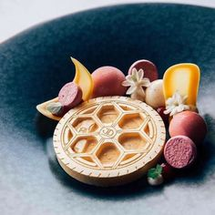 Beautiful composition by @mauritslatour  by @stefanrustenburg  Tag your best plating pictures with #armyofchefs to get featured #plating #chefs