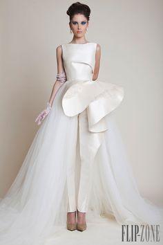 Azzi & Osta Spring-summer 2014 - Couture - http://www.flip-zone.com/fashion/couture-1/independant-designers/azzi-osta-4529