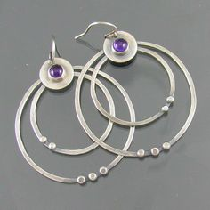 http://www.flickr.com/photos/nrjewellerydesign/ Get out your credit cards....lol GG~~~~~~~~~~~~~