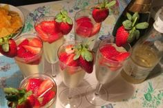 Nem og lækker velkomstdrink med hyldeblomst - BordTil2
