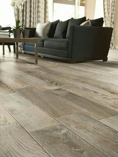 M s de 1000 ideas sobre pisos imitacion madera en - Colocar suelo porcelanico ...