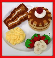 Wool Felt Play Food Pancake and Egg Breakfast by EvaLauryn