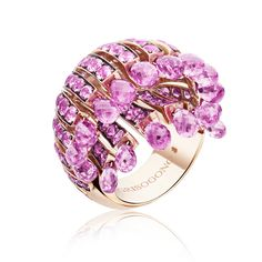 "Ring Collection ""Fringe"" the jeweler De Grisogono in pink gold and pink sapphires."