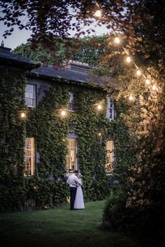 A romantic castle, whimsical décor, epic cakes - there aren't enough heart eye emojis in the world to describe these Irish wedding suppliers! Top Wedding Trends, Wedding Blog, Wedding Styles, Wedding Ideas, Vintage Country Weddings, Unique Weddings, Real Weddings, Irish Wedding, Wedding Photography Inspiration
