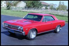 Loving this ride! Classic Chevelle, some of the most beautiful lines ever produced in the muscle car industry!!