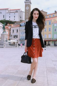 Fashion blogger Veronika Lipar of Brunette From Wall Street sharing how to wear slogan tee, mini brown suede skirt and black mules to breakfast with girlfriends this summer