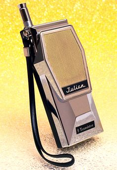 "vintagecollectorguy: ""Question: Why don't electronic devices today look this cool? Multiple Choice: a. Manufacturers are stupid and unimaginative. Manufacturers think we are stupid and unimaginative. Manufacturers conform to trends and are. Transistor Radio, Record Players, Ham Radio, Old Tv, Electronic Devices, Geek Culture, Tv On The Radio, Walkie Talkie, Techno"