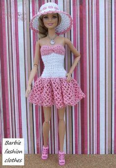 Best 11 Ravelry: Miss Santa for Barbie pattern by Oksana Lifenko – SkillOfKing. Crochet Barbie Patterns, Crochet Doll Dress, Crochet Doll Clothes, Crochet Doll Pattern, Doll Clothes Patterns, Dress Patterns, Habit Barbie, Sewing Barbie Clothes, Barbie Wardrobe