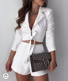 Hola Q Cute Casual Outfits, Chic Outfits, Casual Chic, Summer Outfits, Fashion Outfits, White Fashion, Girl Fashion, Womens Fashion, Fashion Design