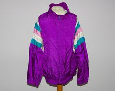 Vengo windbreaker sz large 100% man made material by WETnWILDSTYLE
