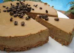 Checkout the best Italian creamy cold coffee cake recipe on the net! Once you try this amazing dessert, you will ask for more! Desserts Rafraîchissants, Delicious Desserts, Dessert Recipes, Coffee Cheesecake, Cheesecake Recipes, Dark Chocolate Cakes, Chocolate Flavors, Trifle, Cheesecakes