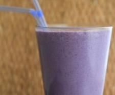 Recipe Berry breakfast smoothie by Thermomix in Australia - Recipe of category Drinks Healthy Smoothies, Healthy Drinks, Smoothie Recipes, Diet Recipes, Cooking Recipes, Cheesy Breadsticks, Recipe Berry, Juicing For Health, Healthy Options
