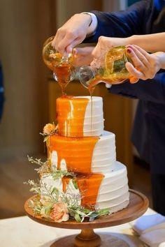 Boho Wedding, Dream Wedding, Wedding Cake, Wedding Dress, Fruit Birthday, Candy Drinks, Strawberry Milk, Different Cakes, Drip Cakes