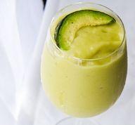 pina-vocado smoothie