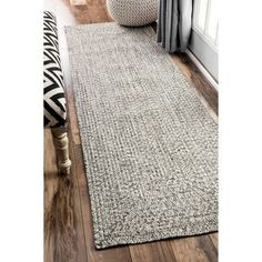 nuLOOM Handmade Casual Solid Braided Light Grey Runnner Rug (2'6 x 8') | Overstock.com Shopping - The Best Deals on Runner Rugs