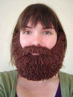 Brown beard...awesome! What a good idea. This would be great for church/school plays or a Halloween costume.