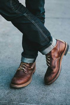 Men's brown leather boots.
