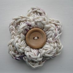 Crochet flower brooch..... Lauren would love and wear this!!!!!