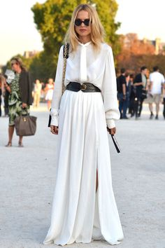 Love it when Rachel Zoe looks so chill and natural.