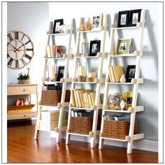 Do you have an old ladder at home and don't know what to do with it? TUrn it to a ladder shelf! Check out our 30 cute ladder shelf examples and be inspired! Ladder Bookshelf, Bookshelves, Shelf Arrangement, Shelves In Bedroom, Small Space Living, Decoration, Floating Shelves, Diy Home Decor, Family Room