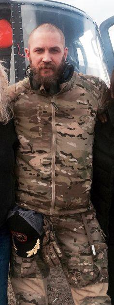 Tom Hardy sexy in camo