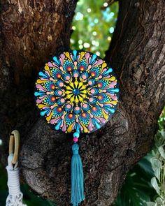 Dot Art Painting, Mandala Painting, Mandala Art, Painted Rocks, Hand Painted, Mandala Rocks, Dots Design, Origami Art, Mandala Pattern