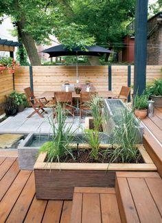 Pergola bois moderne en 28 mod les adoss s ou autoport s pour le jardin chic - Amenager un bassin exterieur ...