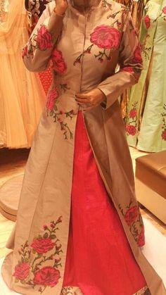 Pakistani Dresses, Indian Dresses, Indian Outfits, Indian Attire, Indian Ethnic Wear, Ethnic Fashion, Indian Fashion, Simple Lehenga, Churidar Designs