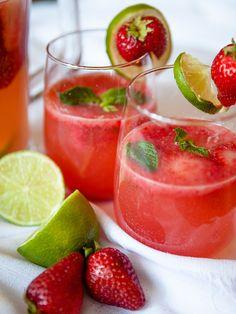 Strawberry Mint Spritzer #Vegan #Strawberry #Mint #Spritzer