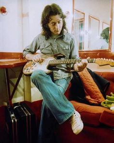 Rory Gallagher (1) Twitter