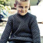 Sweater med strukturmønster Boys Knitting Patterns Free, Knitting For Kids, Free Pattern, Men Sweater, Turtle Neck, Nuancer, Sweaters, Design, Fashion