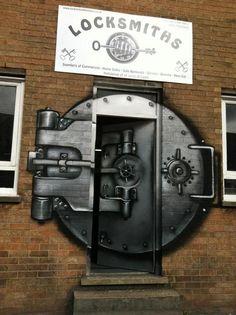 Locksmiths, London -  example of when street art makes actual, logical sense.